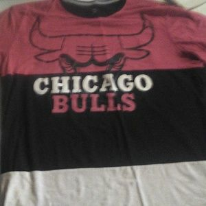 Mens Chicago Bulls shirt